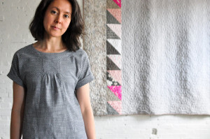 PORTFOLIO TUNIC : CHAMBRAY UNION DOT